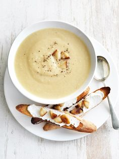 roasted parsnip and garlic soup