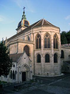 Cathedral Saint-Jean, Besançon - Doubs dept. - Franche-comté région, France        .....en.wikipedia.org