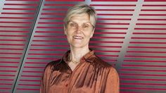 Women of Influence winner puts science in the spotlight - http://www.freshcancernews.com/women-of-influence-winner-puts-science-in-the-spotlight/