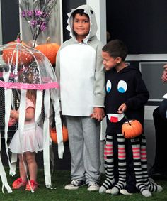 DIY jellyfish, shark and octopus costumes