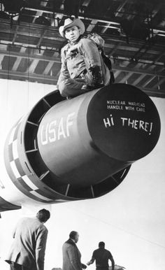 Slim Pickens in a publicity still for Stanley Kubrick'sDr. Strangelove or: How I Learned to Stop Worrying and Love the Bomb(1964)