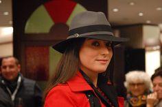 Una delle cose più divertenti quando si cerca un nuovo cappello è quello di provarne tanti! Grazie Valentina per aver indossato i miei modelli.  #moda #fashion #instalike #instalife #instamoment #cappello #hat #modadonna #womanfashion #artigianatoitaliano #artigianato #madeinitaly #l4l #like4like #likeforlike #livorno #modisteria #accessories #accessori #style