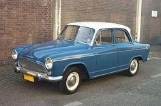 La Simca Aronde (ici le modèle P60) a été la voiture française la plus produite au cours de l'année 1956. Saviez-vous que la firme Simca a été créée en 1934 comme filiale française de Fiat pour échapper aux droits de douane ?