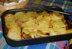 18 rakott húsos egytálétel - hiba nélkül! | NOSALTY Paella, Beef Recipes, Potato Salad, Macaroni And Cheese, Sausage, Pork, Potatoes, Ethnic Recipes, Meat Recipes