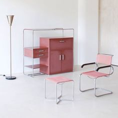 A minimalist's dream, Bauhaus masters Marcel Breuer & Bruno Weil for Thonet, 1930s. Before minimalism was called minimalism, the Bauhaus School in Weimar in the 1920s advocated for designs that used the least amount of material possible. Click the link in our bio for our latest story on minimalist style by @guavajune and @orlaithmoore. Photo © MODERN XX/ Galerie Modern Design Berlin. #bauhaus #marcelbreuer #brunoweil #thonet #minimalism #bauhauschool #pink #pastelpink #pinkinterior…