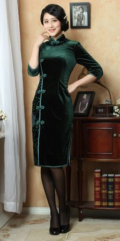 Traditional 7 buttons green floral silk velvet qipao winter cheongsam short Chinese dress 005