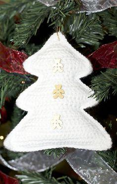 Árbol Blanco de Navidad a Ganchillo Amigurumi - Patrón Gratis en Español aquí: http://softiesxtremo.blogspot.com.es/2013/12/arbol-blanco-de-navidad.html