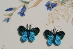 gehaekelte Textil Ohrringe Schmetterling Fruehling von Hanci auf DaWanda.com