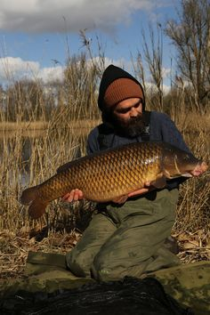 Here is today's top Carp Fishing Photos from top anglers around the globe. Our unique webpage will hunt the internet for the most carpy images and display them in order. To have your photo ranked please share your image on Instagram or Twitter and make sure you tag the image #oncarp.