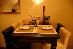 Impressionen Restaurant, Dining Table, Furniture, Home Decor, Decoration Home, Room Decor, Diner Restaurant, Dinner Table, Home Furnishings