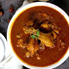 Kolhapuri Chicken Curry - Spicy Chicken Curry Recipes, Easy Chicken Curry, Best Chicken Recipes, Veg Recipes, Indian Food Recipes, Cooking Recipes, Ethnic Recipes, Vegetarian Gravy Recipe, Vegetarian Recipes