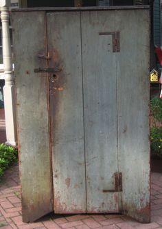 1 door cupboard