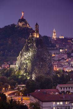 St-Michel d'Aiguilhe n Cathedrale Notre-Dame, view of Rocher Corneille, Le Puy-en-Velay, Auvergne Region, Haute-Loire Department_ France