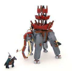 LEGO Lord of the Rings - Oliphant par Legohaulic - Come visit us at www.hothbricks.com, www.lordofthebric... & www.brickheroes.com for up to date news about LEGO stuff
