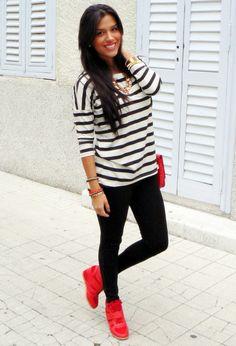 Amisu  T Shirts, Zara  Leggings and j flowers  Sneakers