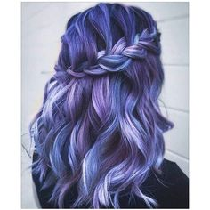 Lila Haarfarbe Stile Purple hair color styles How beautiful is this hair color please? Purple and blue strands – so: separator: Purple hair color styles Hair Color Purple, Hair Dye Colors, Cool Hair Color, Purple Streaks, Purple Roses, Dyed Hair Purple, Black Roses, Hair Dye Tips, Dye My Hair
