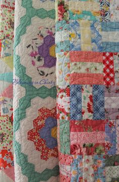 Vintage Quilts   bloominginchintz.blogger.com so pretty