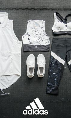 The perfect mix and match pieces for spring are all right here. The neutral-toned three-quarter tights combined with the marble crop top will take you from the gym to the street in style. Click through to shop the look.