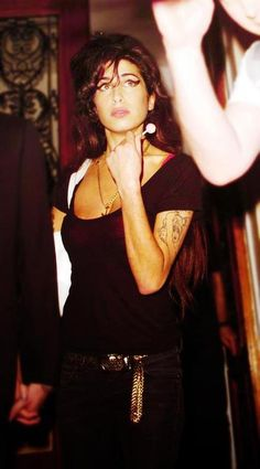 Amy Winehouse   Your soul still lives on through your beautiful music ❤️