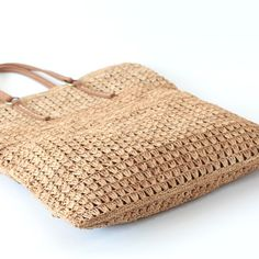 Best 8 Totally handmade crochet tote bag with short or long knitted handles. Huge variety of colors available. Inspired by minimalistic Scandinavian style – SkillOfKing. Crochet Clutch, Net Bag, Macrame Bag, Craft Bags, Basket Bag, Knitted Bags, Handmade Bags, Fashion Bags, Lana