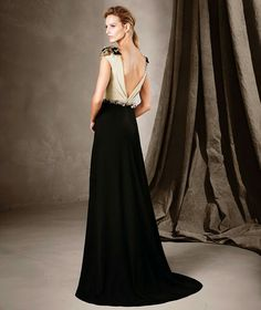 CLARA is a long, flared dress in georgette and tulle with gemstone embroidery from the Pronovias Cocktail Dress collection. Lovely Dresses, Dresses Uk, Ball Dresses, Beautiful Gowns, Elegant Dresses, Beautiful Outfits, Fashion Dresses, Prom Dresses, Formal Dresses
