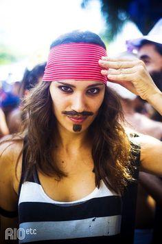 Me beija que eu sou cineasta: é o Jack Sparrow no Rio!