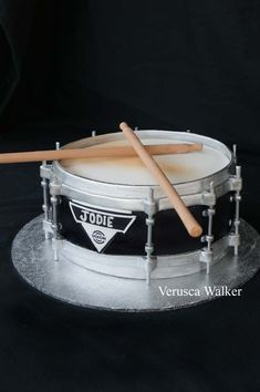 Chocolate Mudcake decorated with fondant and wood skewers Dixon Drum Cake Music Themed Cakes, Music Cakes, Fancy Cakes, Cute Cakes, Drum Birthday Cakes, Fondant Cakes, Cupcake Cakes, Bolo Musical, Drum Cake