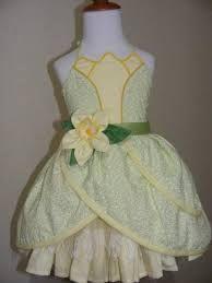 Resultado de imagem para roupas de princesas simples para adolescente