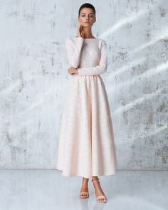- Women's Fashion that I love - Modest Fashion Modest Dresses, Modest Outfits, Modest Fashion, Hijab Fashion, Pretty Dresses, Fashion Dresses, Classy Fashion, Fashion Fashion, Fall Outfits