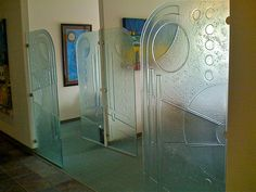 Cast Glass partitions by Gomolka Design Studio