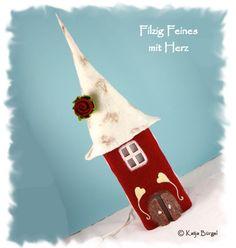 """Filzlampe """"Schwedenhaus"""", Lampe Filz, gefilzt von Filzallerlei - Filzig Feines mit Herz auf DaWanda.com"""