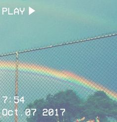 ♡ Pastel soft grunge aesthetic ♡ ☹☻ ☾L O S T rainbow vcr Rainbow Aesthetic, Blue Aesthetic, Aesthetic Photo, Aesthetic Pictures, Walpapers Hd, Fotografia Retro, Senior Photography, Vaporwave, Aesthetic Wallpapers