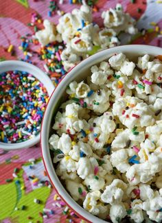 Erica's Sweet Tooth » Funfetti Cake Batter Popcorn  This will be great for B's bday party.