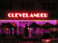 Top Miami Bars and Nightclubs: Clevelander