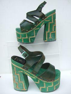 dc5259cf427 .vintage 70s green platforms   xoxo 70s Shoes