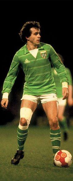 Michel Platini against Ipswich Town - Quarter Leg UEFA Cup 1981 Football Awards, Football Icon, Football Uniforms, Retro Football, World Football, Football Stadiums, Vintage Football, Football Soccer, Michel Platini