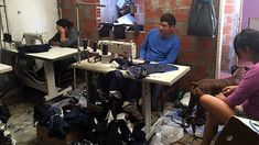 Servidumbre y trata de personas en dos talleres textiles inspeccionados por la AFIP   Buenos Aires 9 de abril de 2018.- La Administración Federal de Ingresos Públicos (AFIP) detectó en dos talleres textiles que el 96% de trabajadores no estaban registrados por su empleador trabajaban más de 12 horas y cobraban salarios por debajo del mínimo establecido por la ley.  El procedimiento se realizó en dos talleres textiles clandestinos ubicados en Merlo provincia de Buenos Aires y en el barrio…