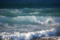 The Pacific Ocean at Monterey, California Sky Sea, Sea And Ocean, Ocean Beach, Pacific Ocean, Big Sur Coastline, Waves Photography, Ocean Wallpaper, Sea Photo, Am Meer
