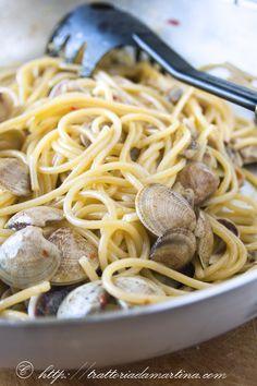 Come fare degli spaghetti alle vongole perfetti! Consigli pratici per una ricetta semplice, ma difficile.