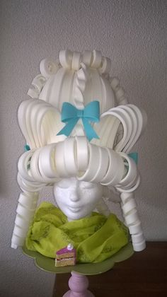 Material: EVA Foam Type: White Marie Antoinette Foam Wig with details Colour: Off white Size; on request Lady Mallemour makes foam wigs on demand. Foam Wigs, Halloween Decorations, Halloween Costumes, Diy Wig, Crazy Hats, Cosplay Wigs, Marie Antoinette, Wig Hairstyles, Mardi Gras