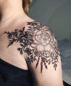 Tattoos for women Flower Wrist Tattoos, Rose Tattoos, Body Art Tattoos, Sleeve Tattoos, Tatoos, Dahlia Tattoo, Back Of Shoulder Tattoo, Shoulder Tattoos For Women, Flower Tattoo Shoulder