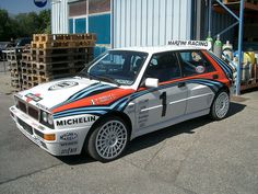 Lancia Delta Integrale Martini war paint... IT'S SO AWESOME!!!!