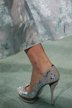 Oscar de la Renta Fall 2016 Ready-to-Wear Fashion Show Details