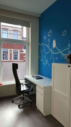 Muurschildering Love Birds afkomstig van  Muurschildering Be Yourstar   #muurschildering  #huisdecoratie #wonen #wallart #wallpainting #kidsroom #kinderkamer