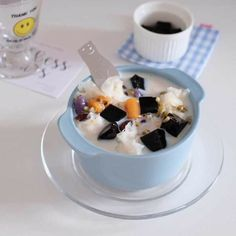Chocolate Fondue, Panna Cotta, Oatmeal, Food And Drink, Pudding, Breakfast, Ethnic Recipes, Desserts, Chill