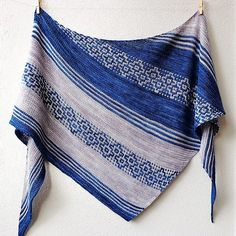 Herbarium by Lisa Hannes in Mechita, Azul Profundo and Pearl colors. Pattern link: http://www.ravelry.com/patterns/library/herbarium-3