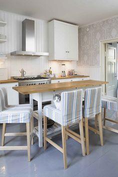 An kitchen-island putting a floor above a narrow cabinet ikea. Diy!
