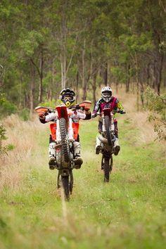 Motocross - dirt bike - off road Dirt Bike Wheelie, Motorcycle Dirt Bike, Dirt Bike Girl, Dirt Biking, Ktm Dirt Bikes, Motorcycle Humor, Moto Enduro, Enduro Motocross, Motocross Baby