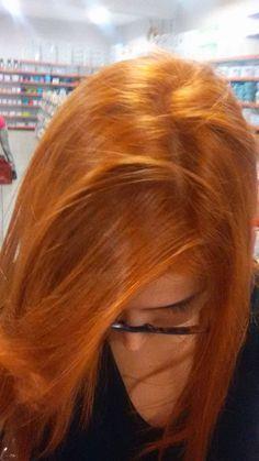 Pretty Red Hair, Beautiful Hair Color, Straight Wavy Hair, Strawberry Hair, Girl Hair Colors, Natural Red Hair, Dyed Red Hair, Ginger Hair, Dark Hair