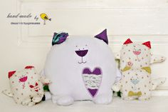 cat family by Dasha Kudryavtseva Sewing Projects, Sewing Ideas, Diy Toys, Handmade Toys, Snoopy, Dolls, Cats, Craft Ideas, Inspiration